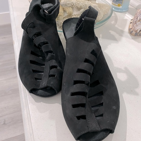Munro American Gladiator Sandals sz 8.5 ex wide